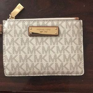 Michael Kors small wristlet